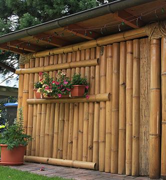 Gartenhütte aus Bambus